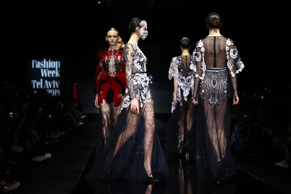 מעצב האופנה אלון ליבנה חוזר הביתה לשמלות הכלה והערב, לאחר אפיזודה חולפת בעולמות ה-BDSM (צילום: אלון פרס)