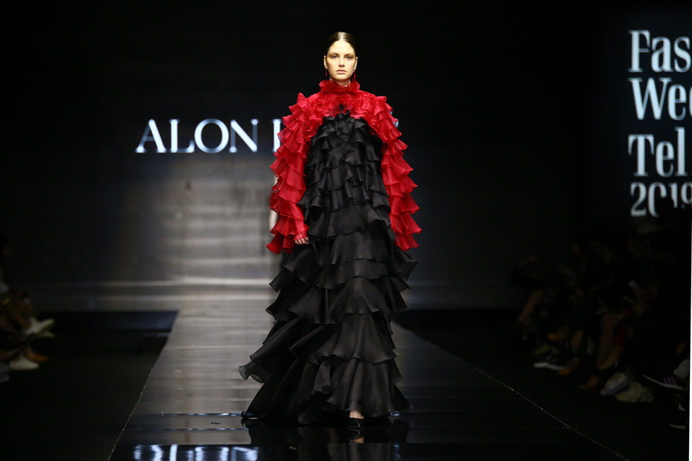 מתכנן להציג גם השנה. תצוגת האופנה של אלון ליבנה בשבוע האופנה בתל אביב, 2019 (צילום: אלון פרס)
