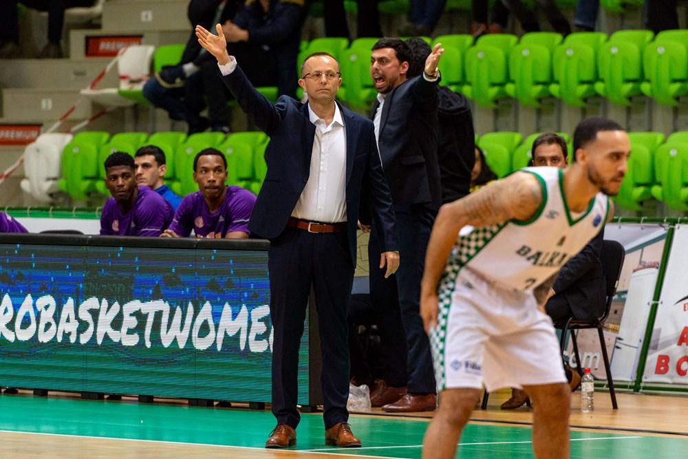דן שמיר הפועל חולון (צילום: FIBA.COM)