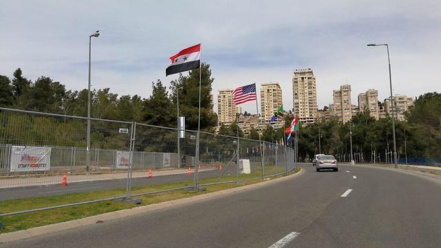 Сирийский флаг в Иерусалиме. Фото: А. Видель