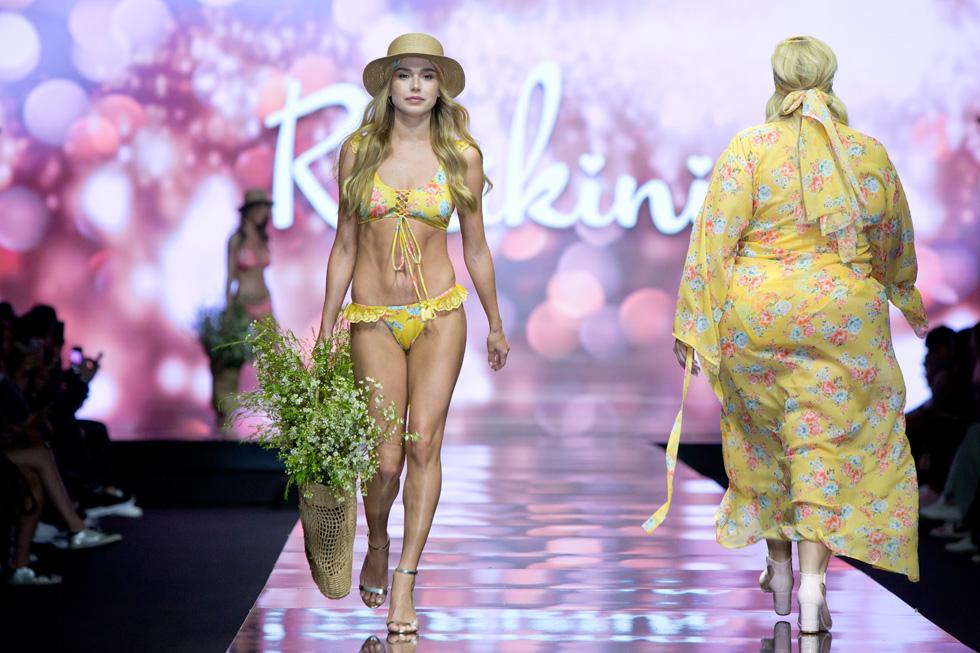 דוגמניות רזות ומלאות, גבוהות ונמוכות, הציגו את הרבגוניות של שבוע האופנה (צילום: ענבל מרמרי)