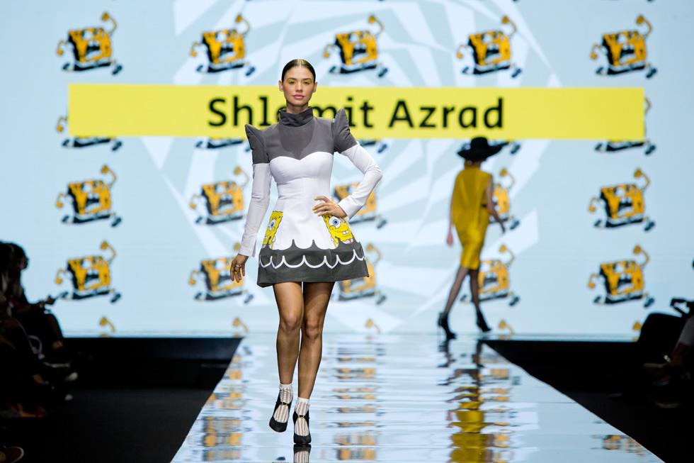 רוסלנה רודינה לובשת שלומית אזרד (צילום: ענבל מרמרי)