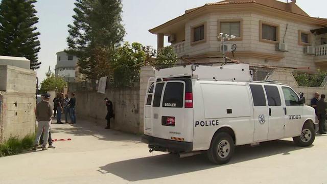 זירת רצח הנערה בשכונת פרדס שניר בלוד  (צילום: חגי דקל)