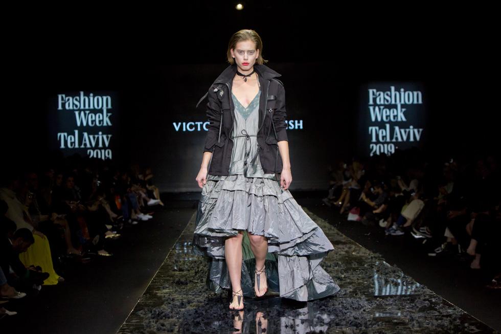 שון לוי בתצוגת האופנה של ויוי בלאיש (צילום: ענבל מרמרי)