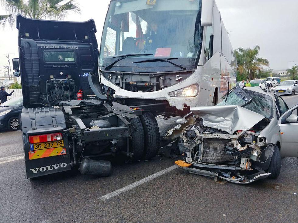 Авария в Нагарии. Фото: служба спасения