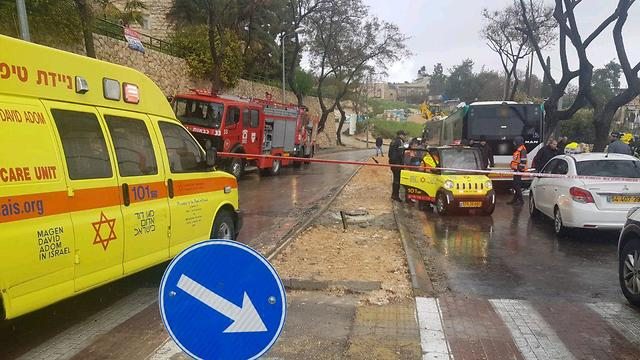 Место ДТП в Иерусалиме. Фото: пресс-служба МАДА