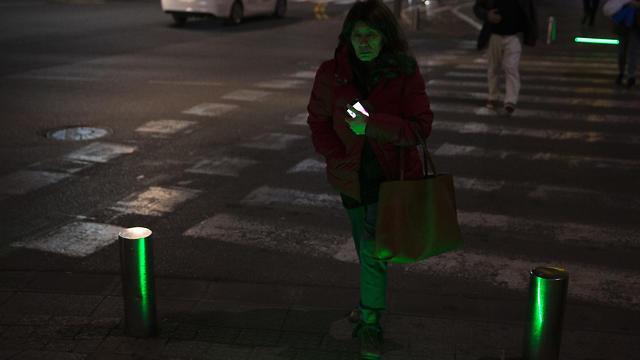 'Zombie' lights at a Tel Aviv crosswalk