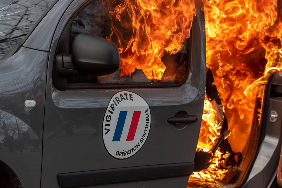 צרפת הפגנה פריז מחאת האפודים הצהובים (צילום:MCT)