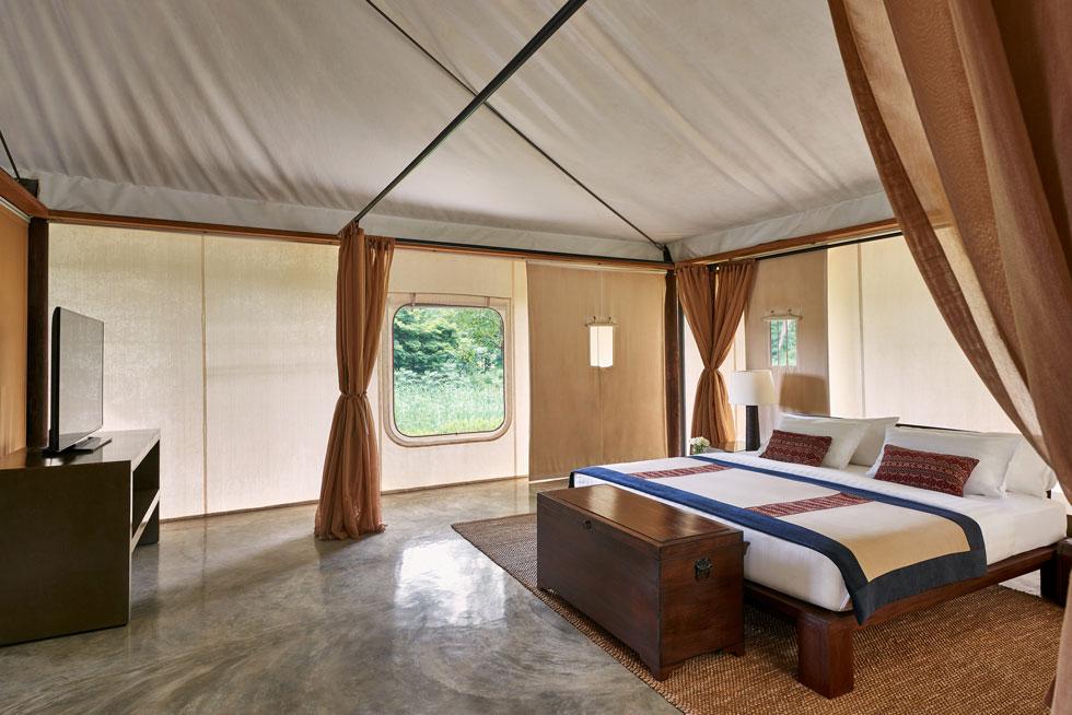 """Kirimaya, שמורת הטבע קאו־יאי בתאילנד. שטח כל """"וילה"""" 180 מ""""ר והן מותאמות לאורח החיים העכשווי, משודרגות ומפוארות, עם בריכה פרטית צמודה ומרפסת המשקיפות לטבע (צילום: Kirimaya)"""