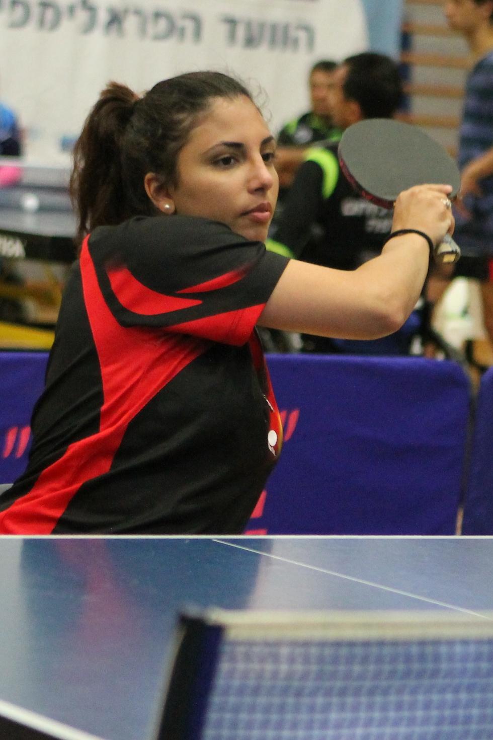 קרוליין טביב (צילום: קרן איזקסון)