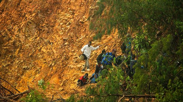 סופת ציקלון אפריקה מוזמביק זימבבווה צ'ימאנימני מפולת (צילום: AFP)