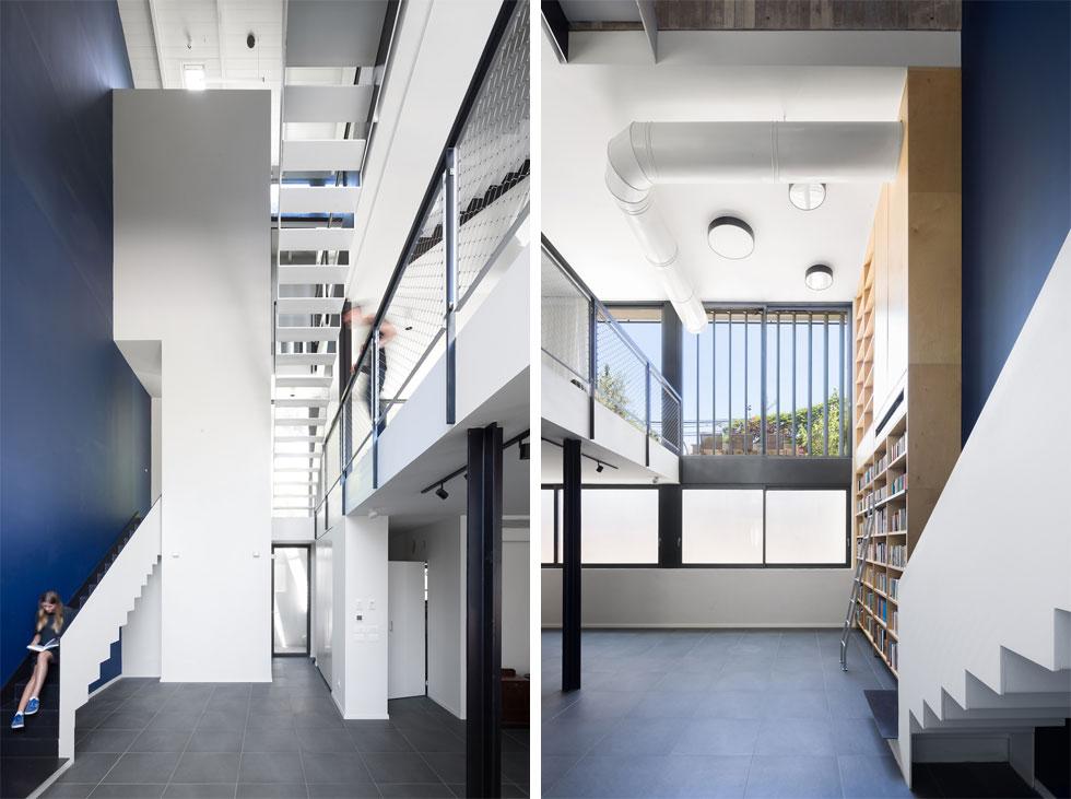 """פינת הישיבה הסלונית נמצאת בקומת המרתף, לצד ממ""""ד וחדר רחצה. החלונות התחתונים כאן חלביים. """"זה לא נראה כמו מרתף"""", אומרת בעלת הבית, """"יש פה הרבה אור"""". ההחלטה להשאיר את רום המדרגות (החלק שבין המדרכים) פתוח, כפי שנראה בתמונה משמאל, תורמת לתחושת המרחב (צילום: שי אפשטיין)"""