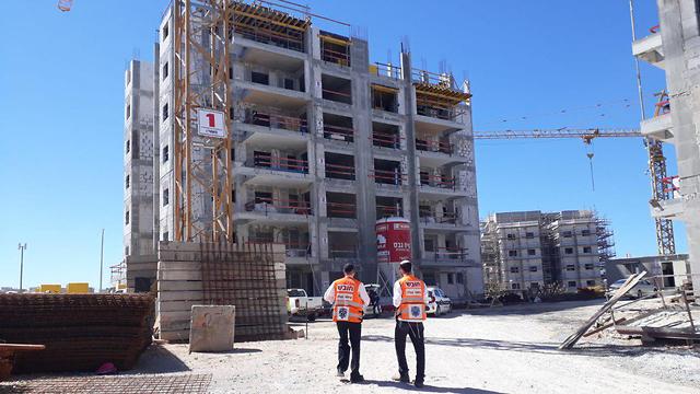 """На месте гибели рабочего в Харише. Фото: """"Ихуд ацала"""""""
