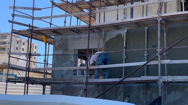 פועל בניין נהרג אתר בנייה בחריש  (צילום: איחוד הצלה )