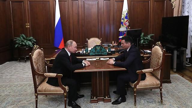 מתאגרף לשעבר מונה למושל הרפובליקה הבודהיסטית ב רוסיה  ()