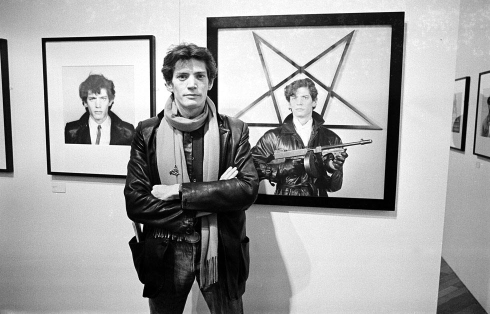 סגנון ייחודי - גם כצלם וגם כמתלבש. רוברט מייפלתורפ, 1983 (צילום: rex/asap creative)