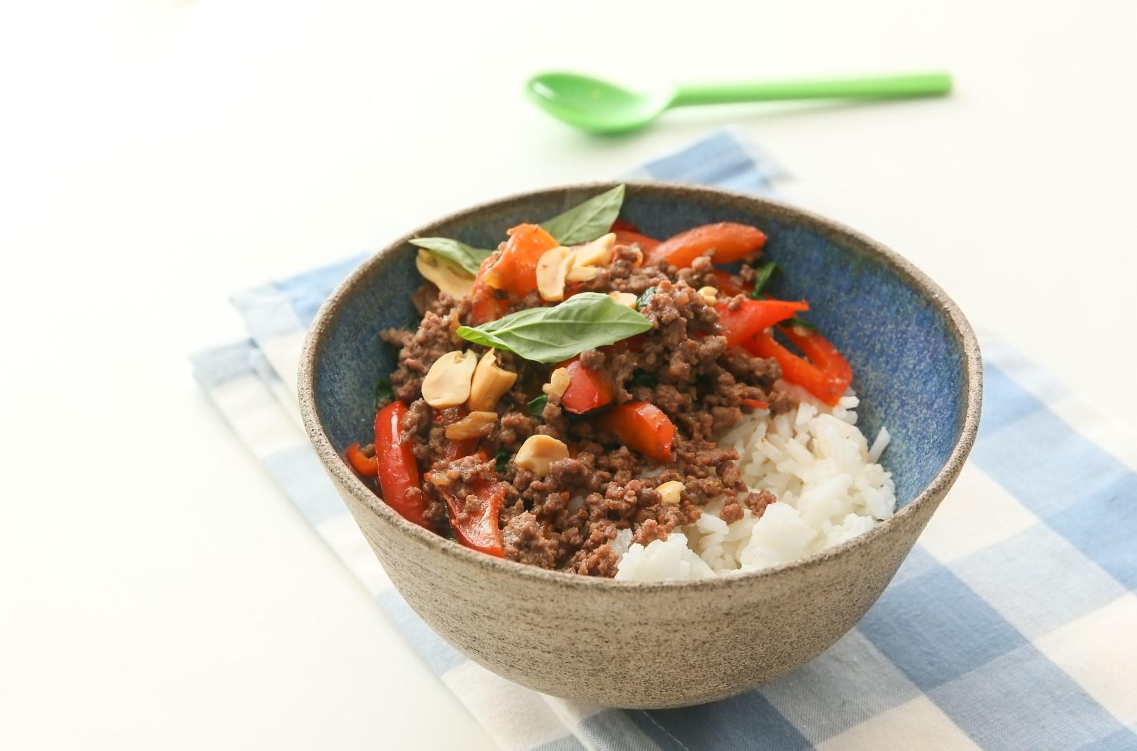 תבשיל עם בשר טחון (צילום: ירון ברנר)