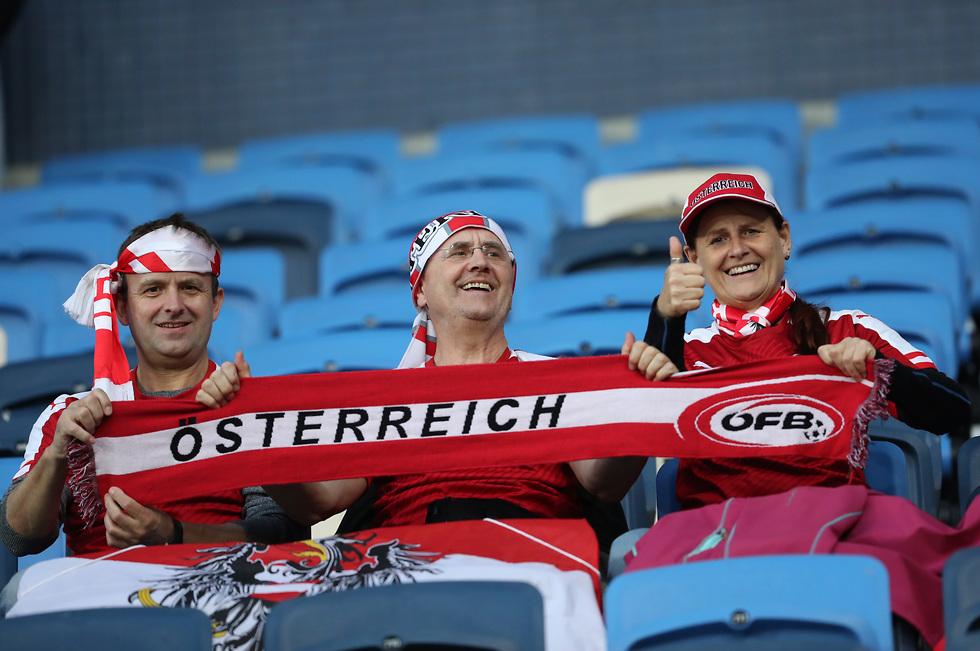 אוהדי נבחרת אוסטריה (צילום: אורן אהרוני)
