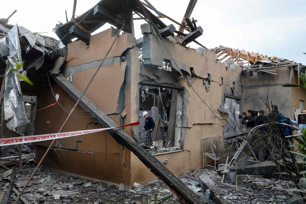 Разрушенный ракетой дом. Фото: AFP