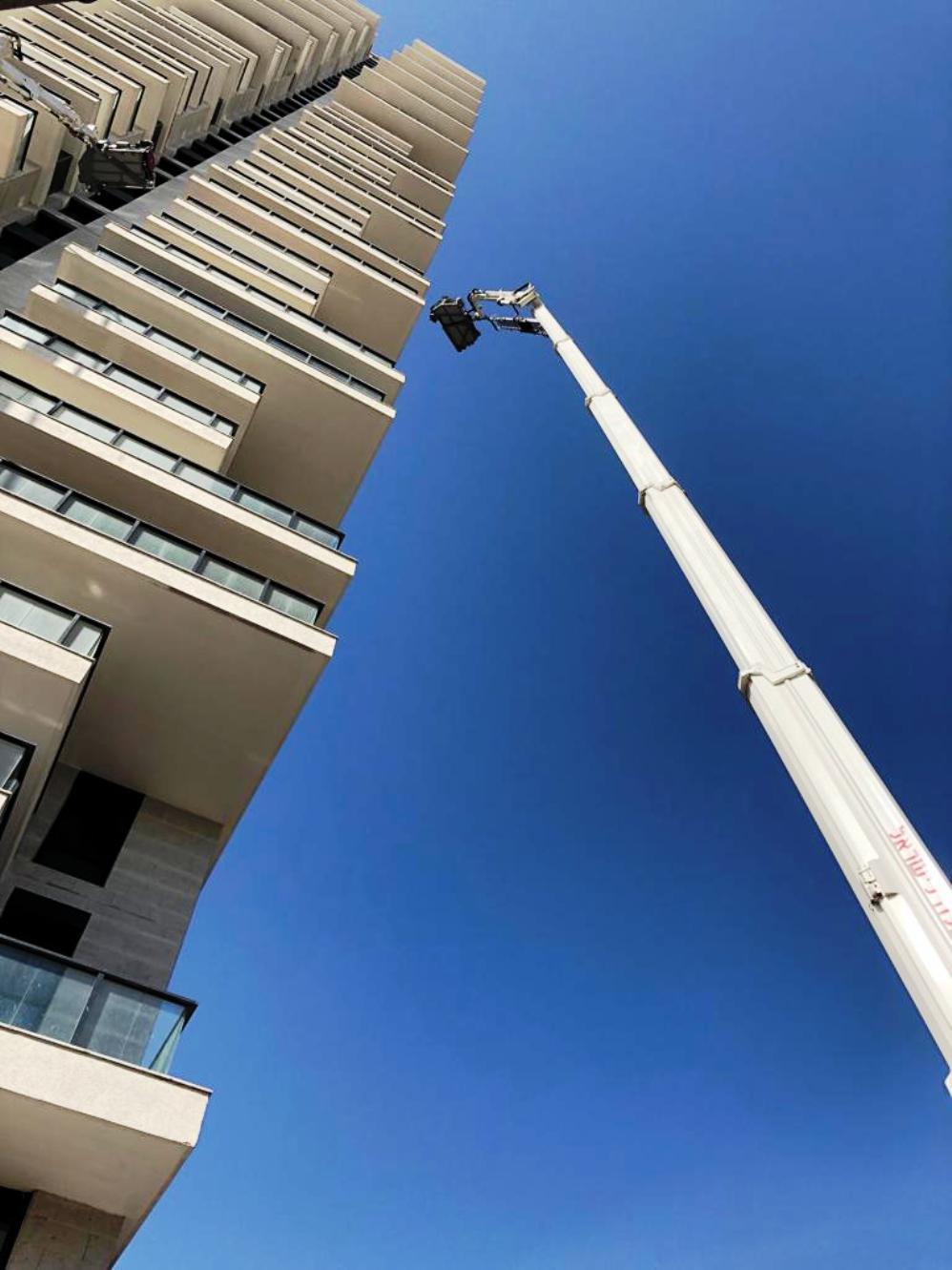 Новая лестница - 60 метров. Фото: пресс-служба пожарной охраны