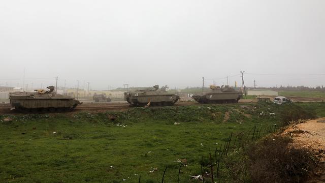 Des véhicules blindés de l'armée israélienne du côté israélien du plateau du Golan (Photo: Archives / Reuters) (Photo: Reuters)