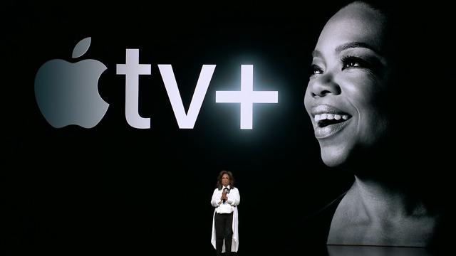 אופרה ווינפרי בהשקת אפל TV פלוס (צילום מסך)