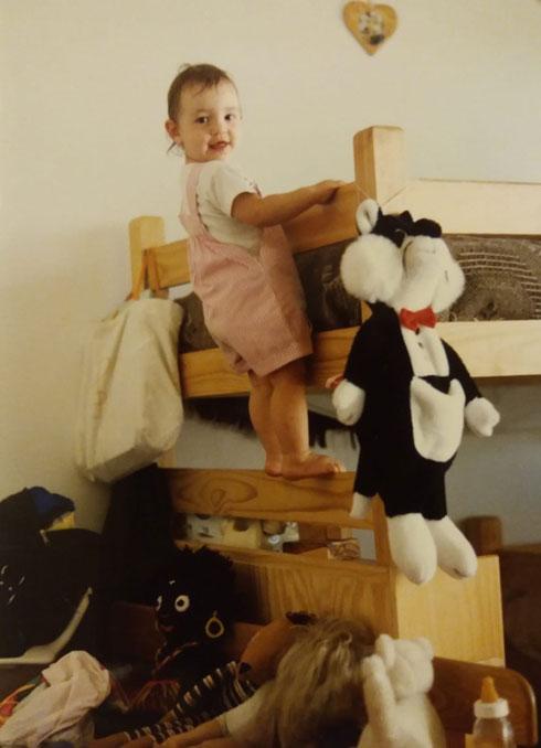 """גולדשמידט כתינוקת. """"פה גרה הגרמנייה"""" (צילום: אלבום פרטי)"""