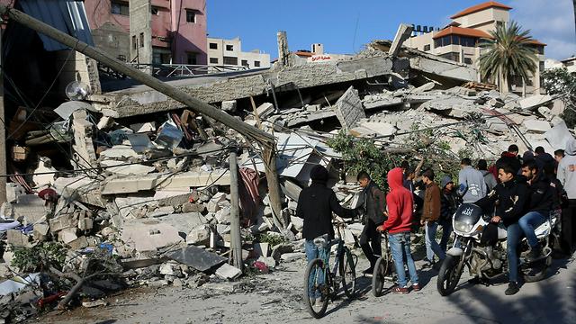 Destruction in Gaza after IAF attack (Photo: AP)