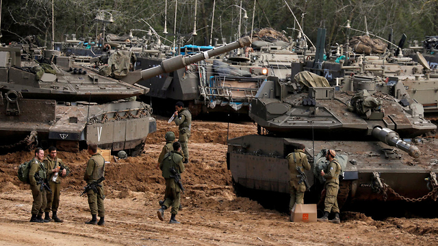 Troops outside Gaza