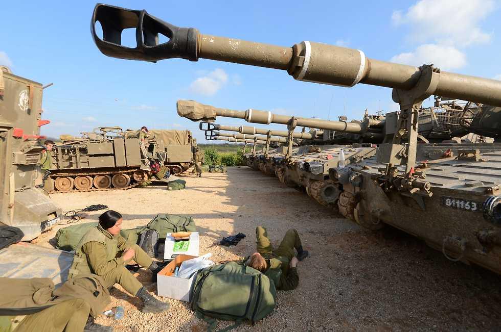 ЦАХАЛ на границе с Газой. Фото: Ави Роках