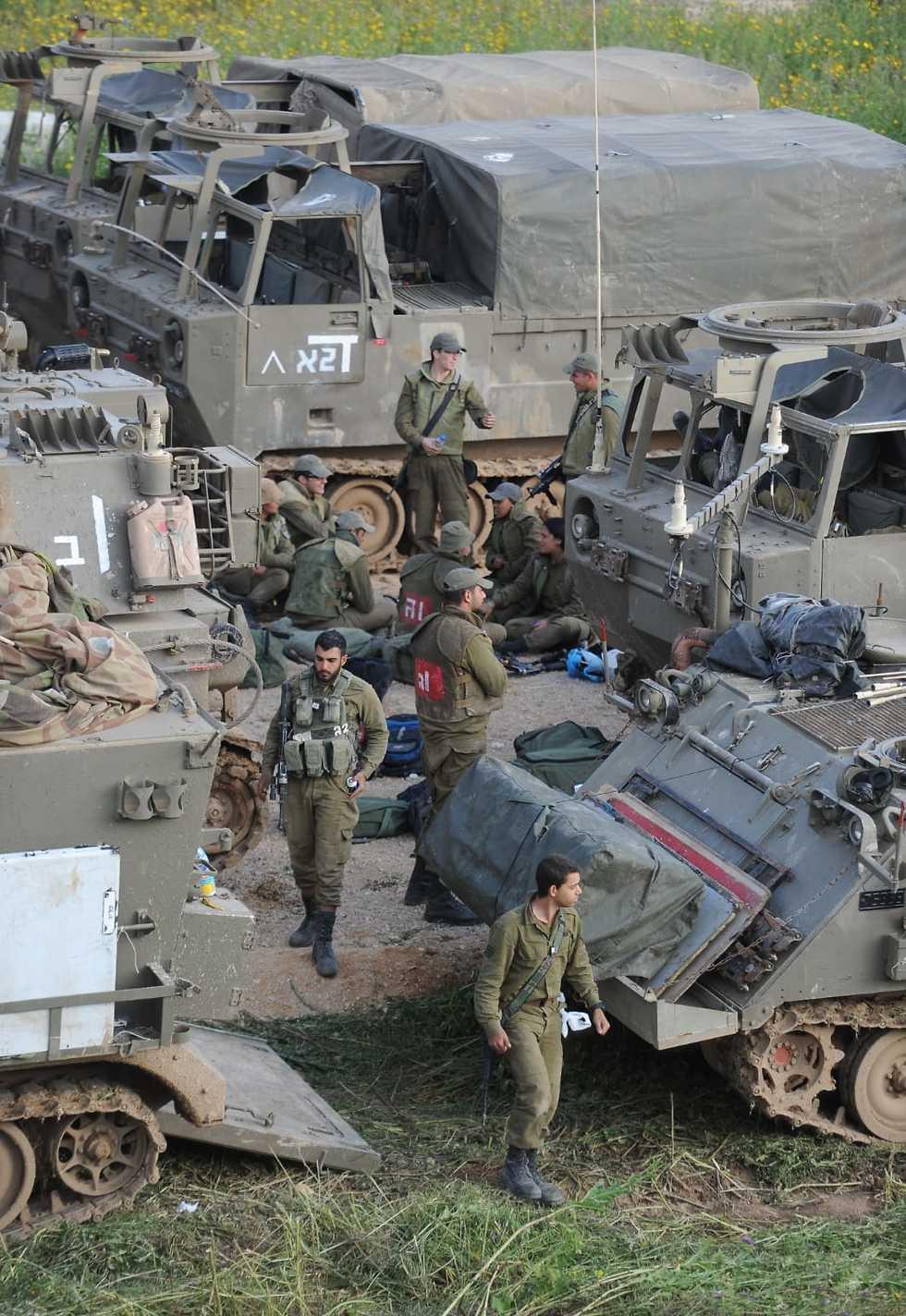 IDF troops (Photo: Avi Rokach)