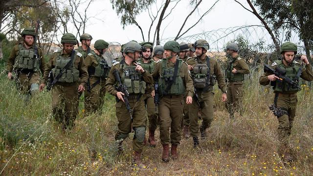Начгенштаба и офицеры ЦАХАЛа инспектируют границу с Газой. Фото: пресс-служба ЦАХАЛа