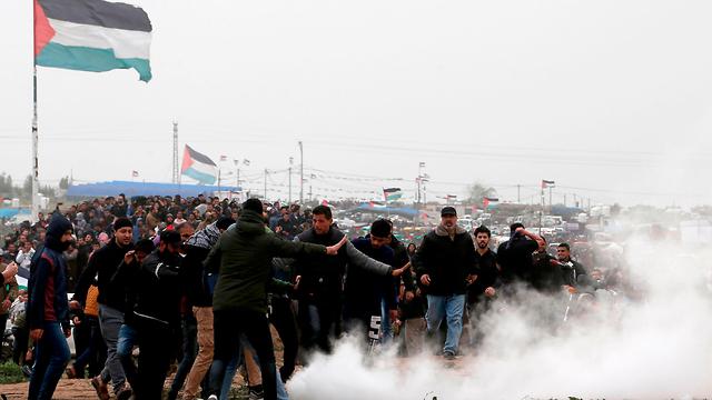 Riots along the Israel-Gaza border (Photo: AFP)