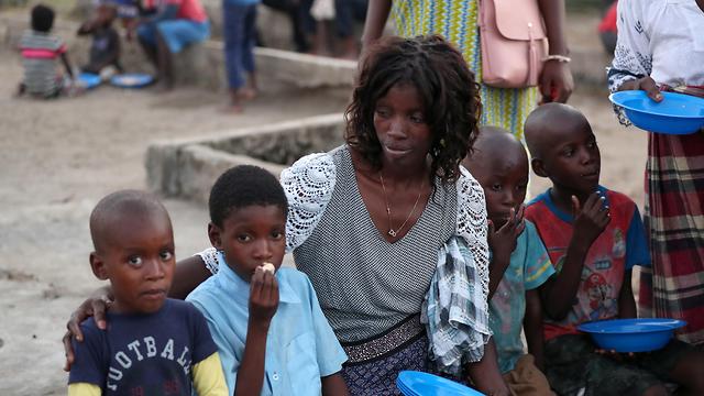 ציקלון אפריקה מוזמביק העיר ביירה ניצולים (צילום: רויטרס)