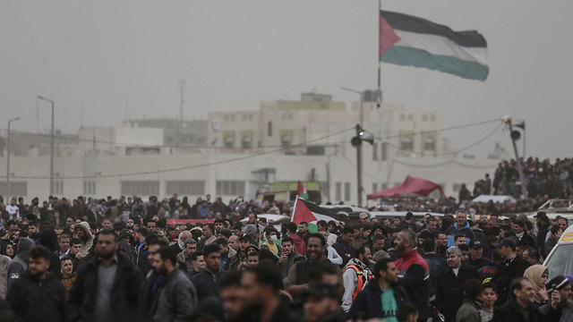 Palestinians at the Gaza border during the March of Return protests, March 30, 2019 (Photo: MCT) (Photo: MCT)