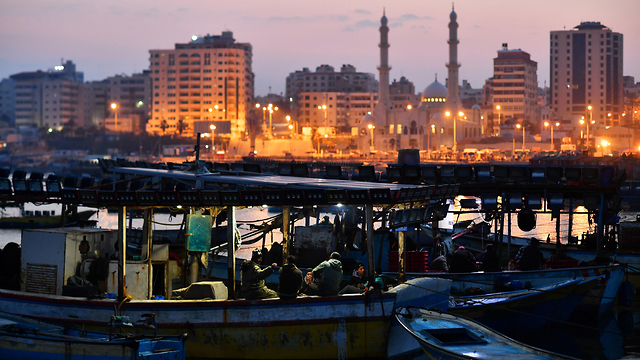 Gaza fishing port (Photo: Reuters)