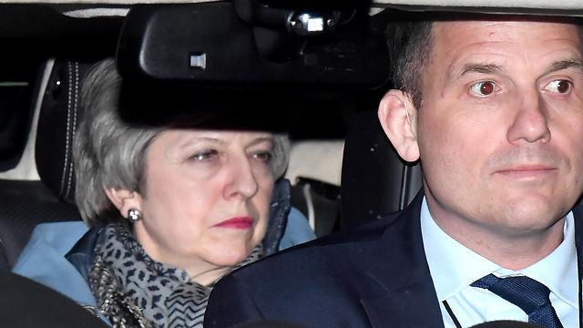 ראש ממשלת בריטניה תרזה מיי אחרי ההצבעות ב פרלמנט ב לונדון ברקזיט (צילום: gettyimages)