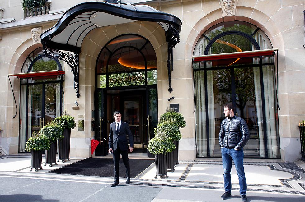ברוניי מלון לה פלאזה ב פריז צרפת חרם (צילום: AP)