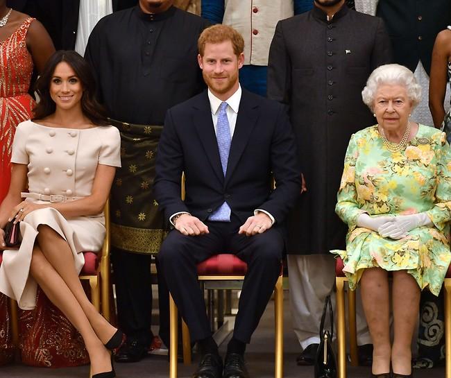 פעם, כשעוד חשבנו שהכל יהיה בסדר. המלכה והדוכסים (צילום: Gettyimages)
