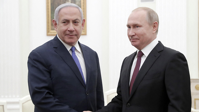 Vladimir Putin and Benjamin Netanyahu in Moscow (Photo: MCT)