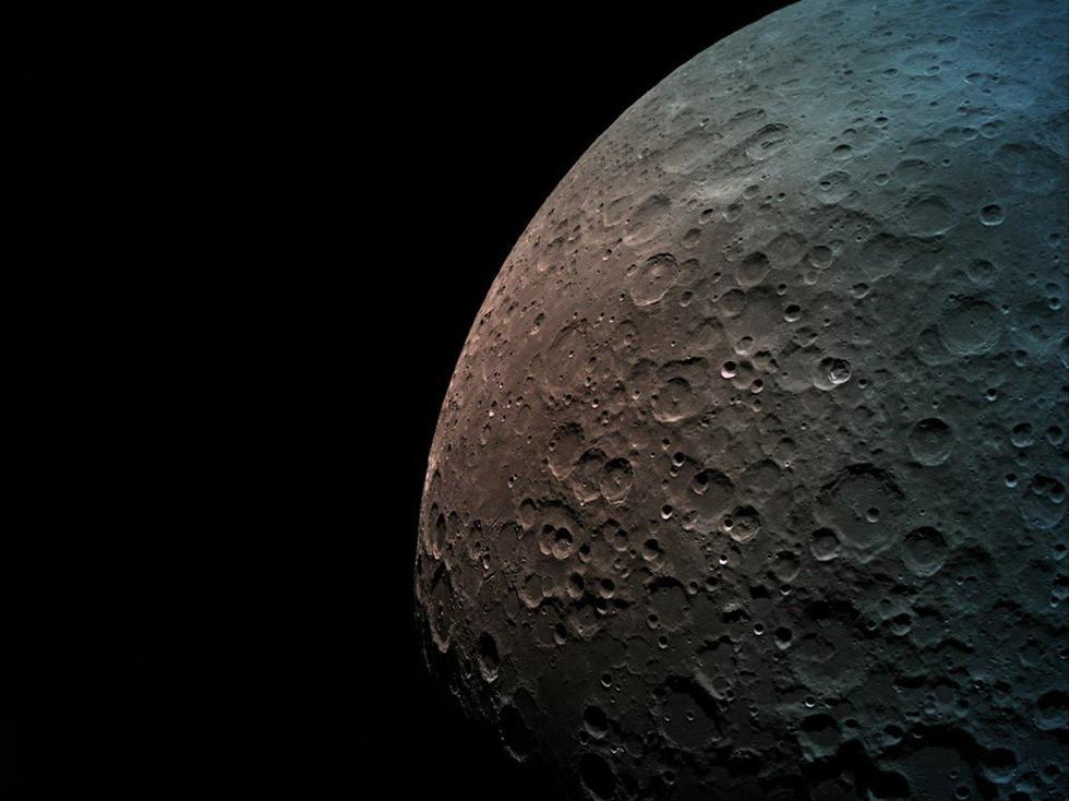 """Снимок лунной поверхности, сделанный модулем """"Берешит"""". Фото: SpaceIL"""