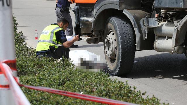זירת התאונה (צילום: מוטי קמחי)