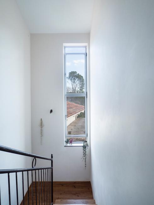 מבט מגרם המדרגות (צילום: נגה שחם פורת)