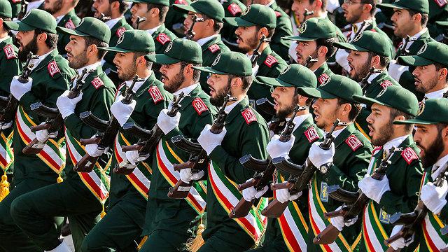 ארכיון משמרות המהפכה איראן (צילום: AP)