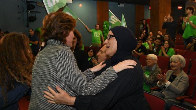 שמחה במטה מרצ לאחר תוצאות מדגם 22:00 בבחירות 2019 (צילום: יאיר שגיא)