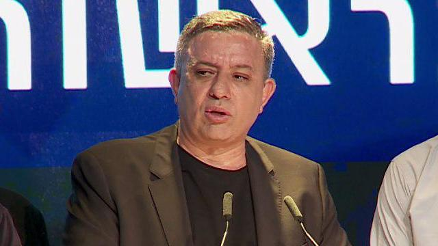 Avi Gabbay speaks after Labor fares poorly in the elections, April 9, 2019  (Photo: Haggai Dekel)