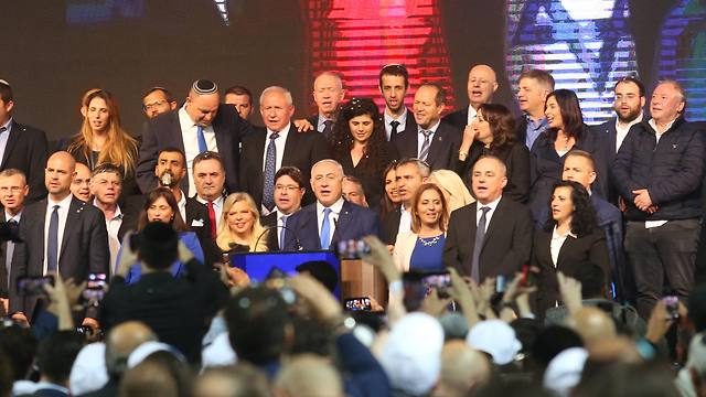 Likud MKs on center stage during the celebrations (Photo: Tomariko)