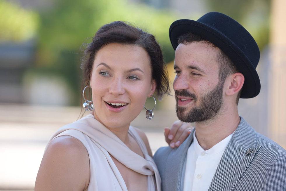 """בחתונה עם סנואו יז'קובה. """"היא בקשר טוב עם אמא שלי, אפילו יותר טוב ממני"""" (צילום: אלבום פרטי)"""