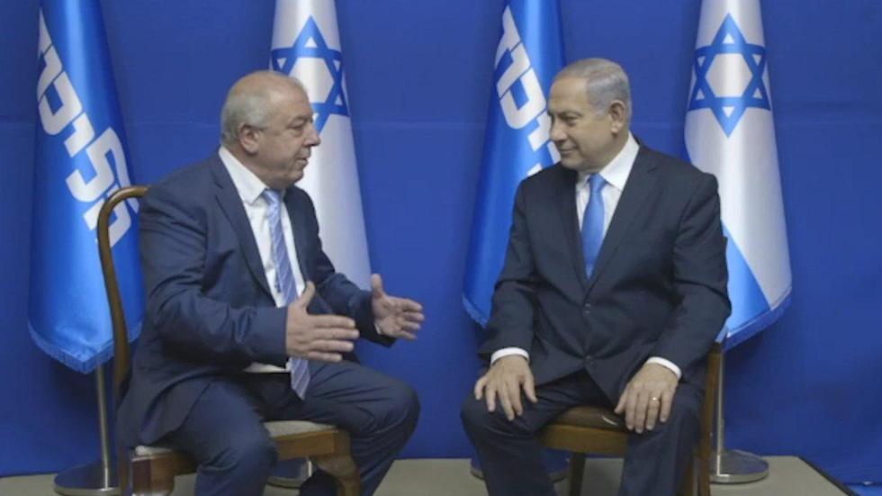 בנימין נתניהו ודוד אבן צור (צילום: לשכת ראש הממשלה)