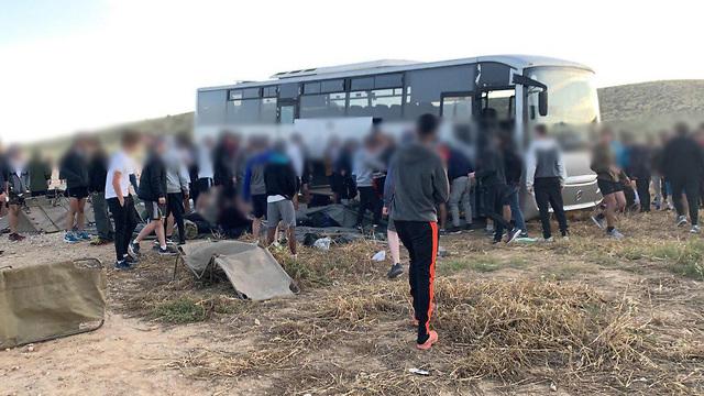 התדרדרות אוטובוס בשומריה בנגב ()